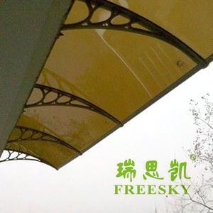 新型遮雨棚批发 3mm透明 PC耐力板阳光板雨棚