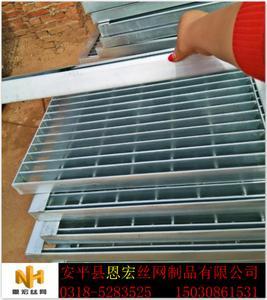 如何选购沟盖板 定做各种雨水篦子厂 井盖板种类价格