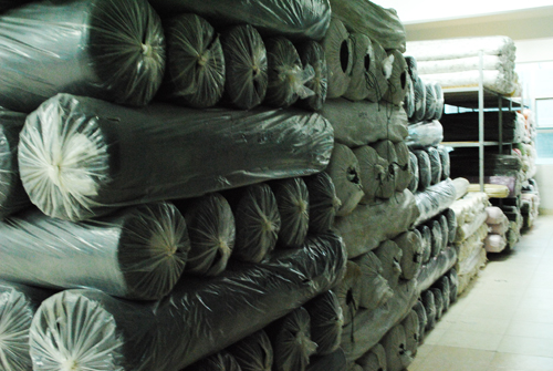 厂家直销毛料、呢子料 品种多款,欢迎选购图片一
