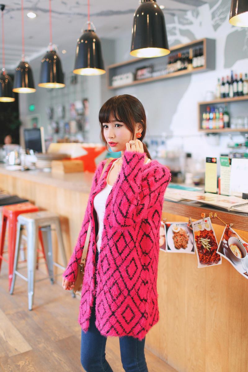 秋装女装新款韩版中长款圆领马海毛针织衫开衫图片四