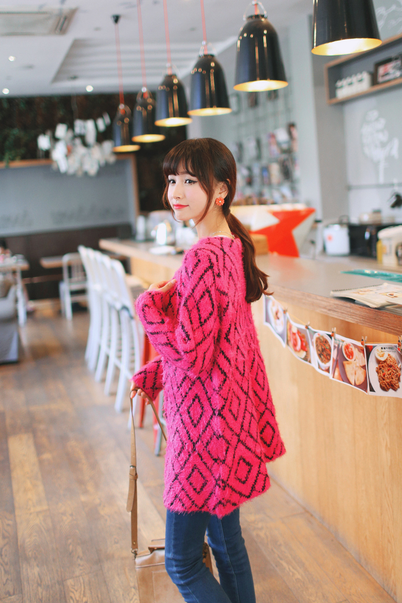 秋装女装新款韩版中长款圆领马海毛针织衫开衫图片五