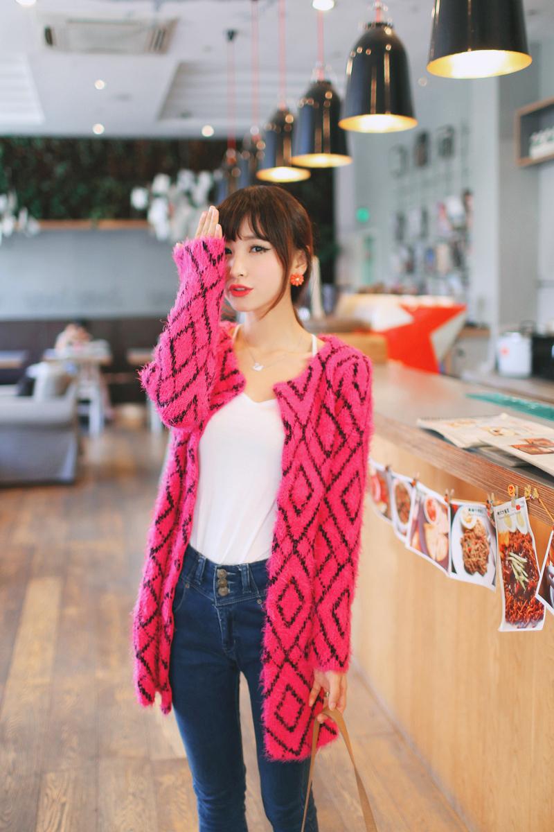 秋装女装新款韩版中长款圆领马海毛针织衫开衫图片七