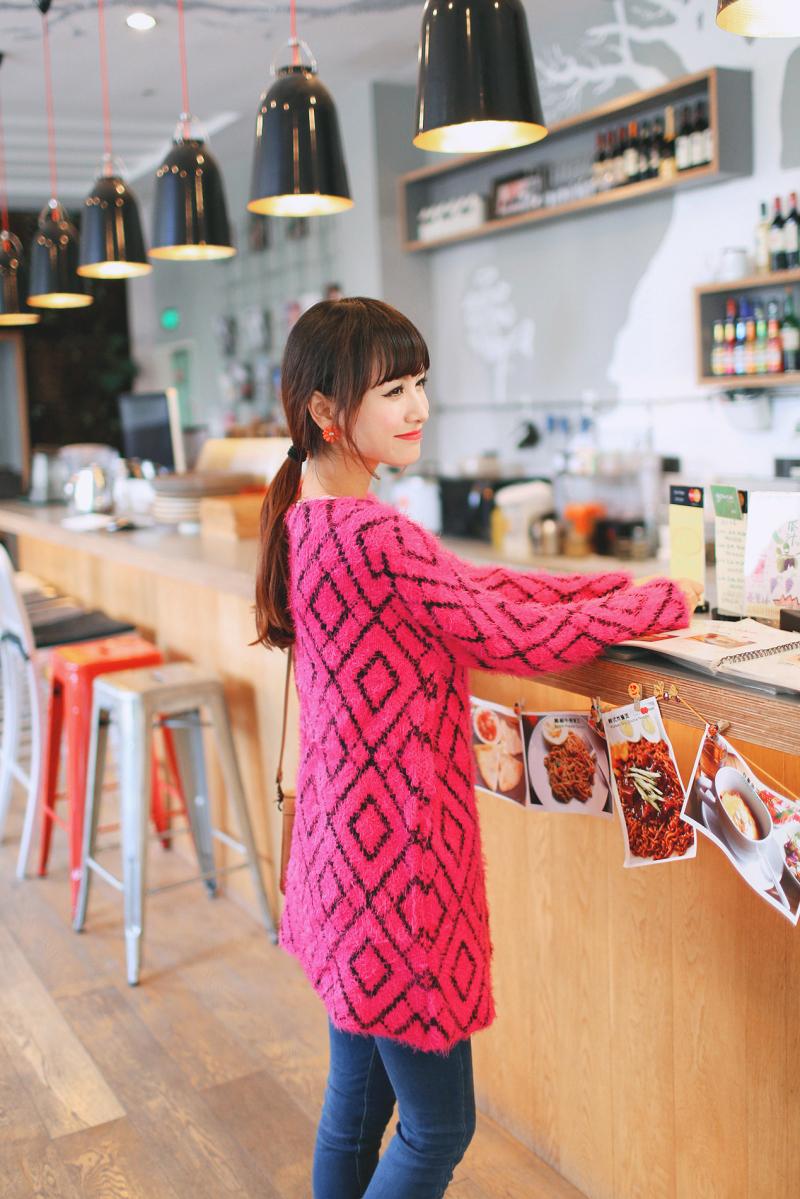 秋装女装新款韩版中长款圆领马海毛针织衫开衫图片六