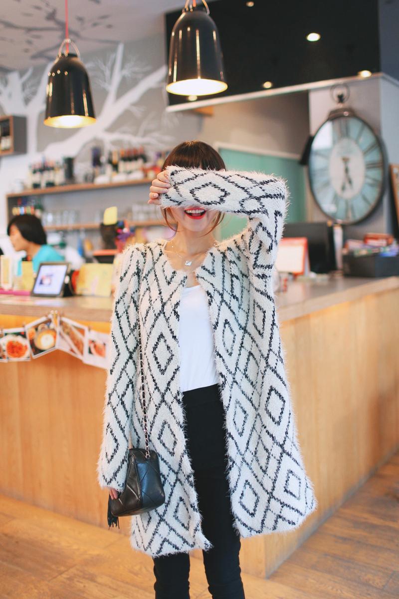 秋装女装新款韩版中长款圆领马海毛针织衫开衫图片八