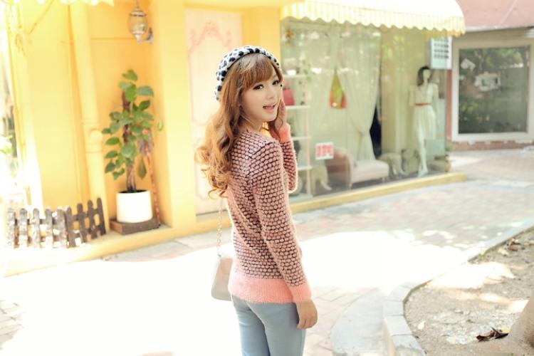 秋冬新款韩版中长款圆点马海毛针织衫毛衣图片八