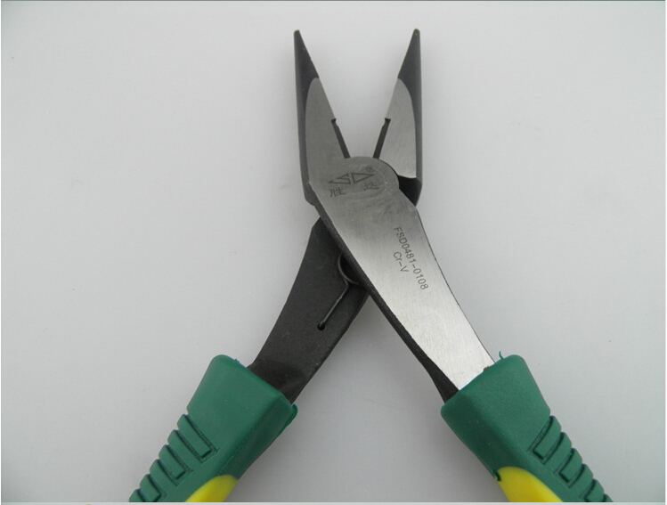 胜达工具 铬钒钢 重型省 尖嘴钳 家用电工 尖头钳图片二