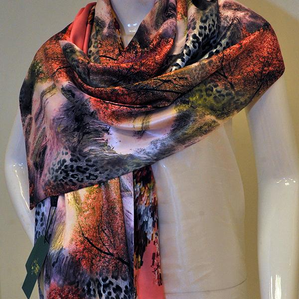 新款披肩式加绒围巾新款上市图片二