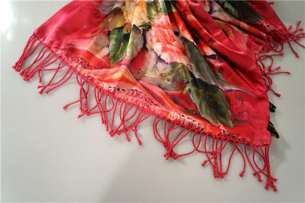 鸿乐丝绸桑蚕丝水印花布料丝巾复古风披肩图片二