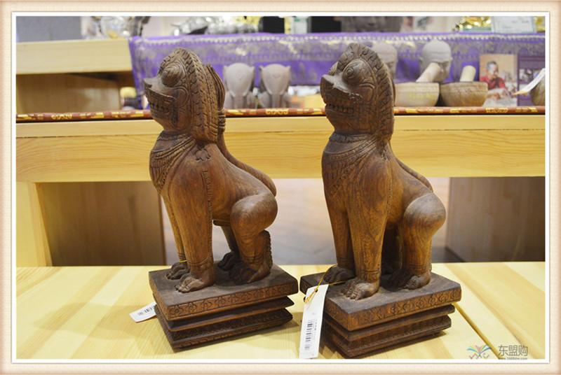 柬埔寨 手工雕小武哥狮子工艺品 工艺品摆件 0203659图片三