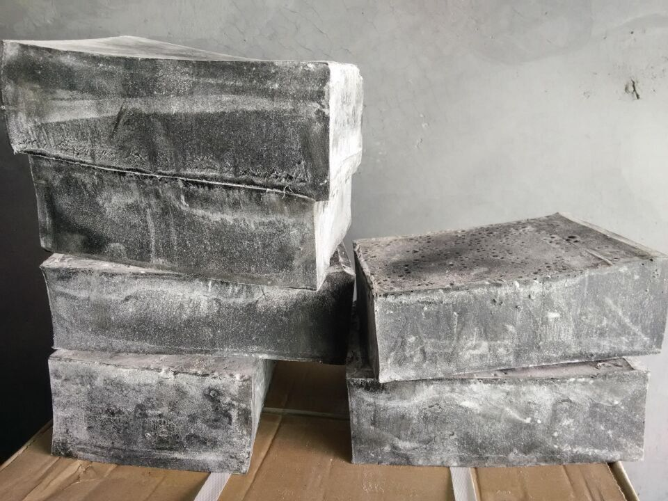 土工膜工程专用胶黑色块状KS热熔胶图片二
