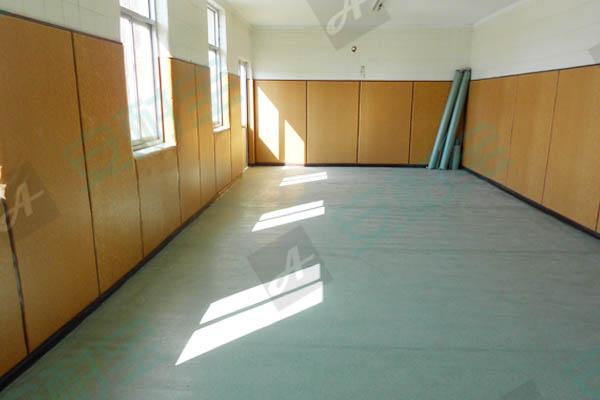 天津塑胶地板 塑胶地板厂家直销包施工