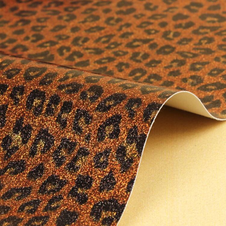 厂家直销  荧光革亮片皮革女士鞋材特殊面料图片五
