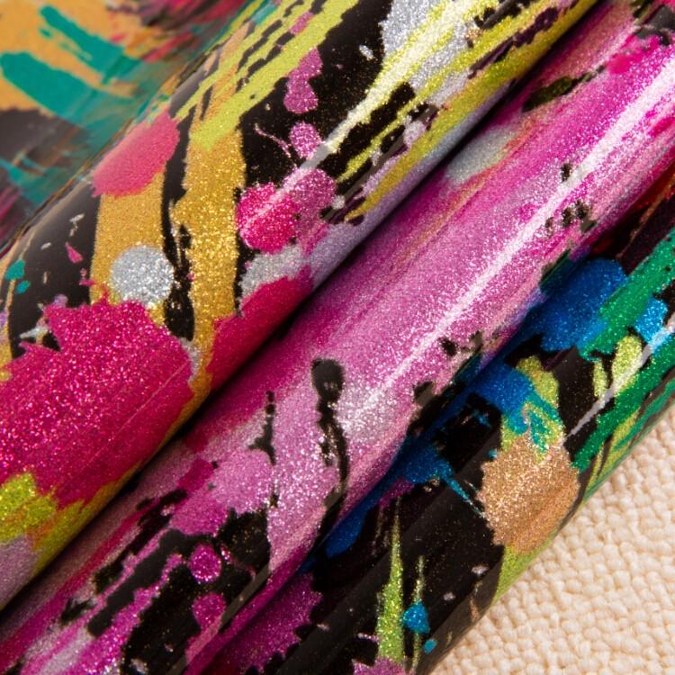 厂家直时尚七彩皮革 印花合成闪光皮革 箱包装饰纤革图片五
