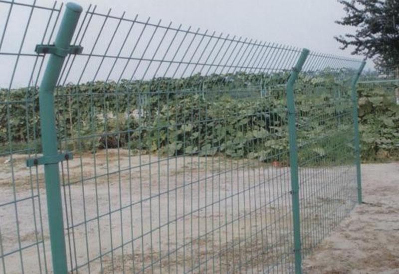 郑州双边护栏网,防护网,荷兰网护栏网----华南城图片一