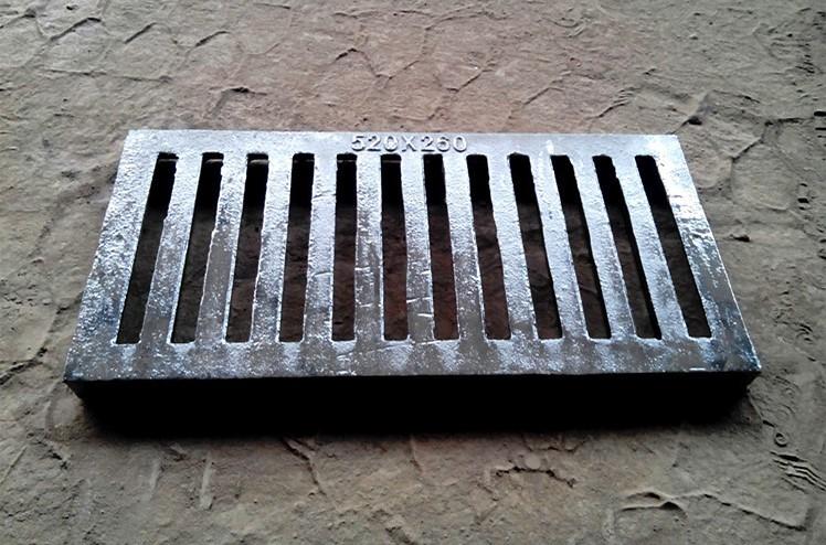 球墨铸铁单篦子铸铁沟盖雨水篦子排水沟盖板雨水井盖图片五