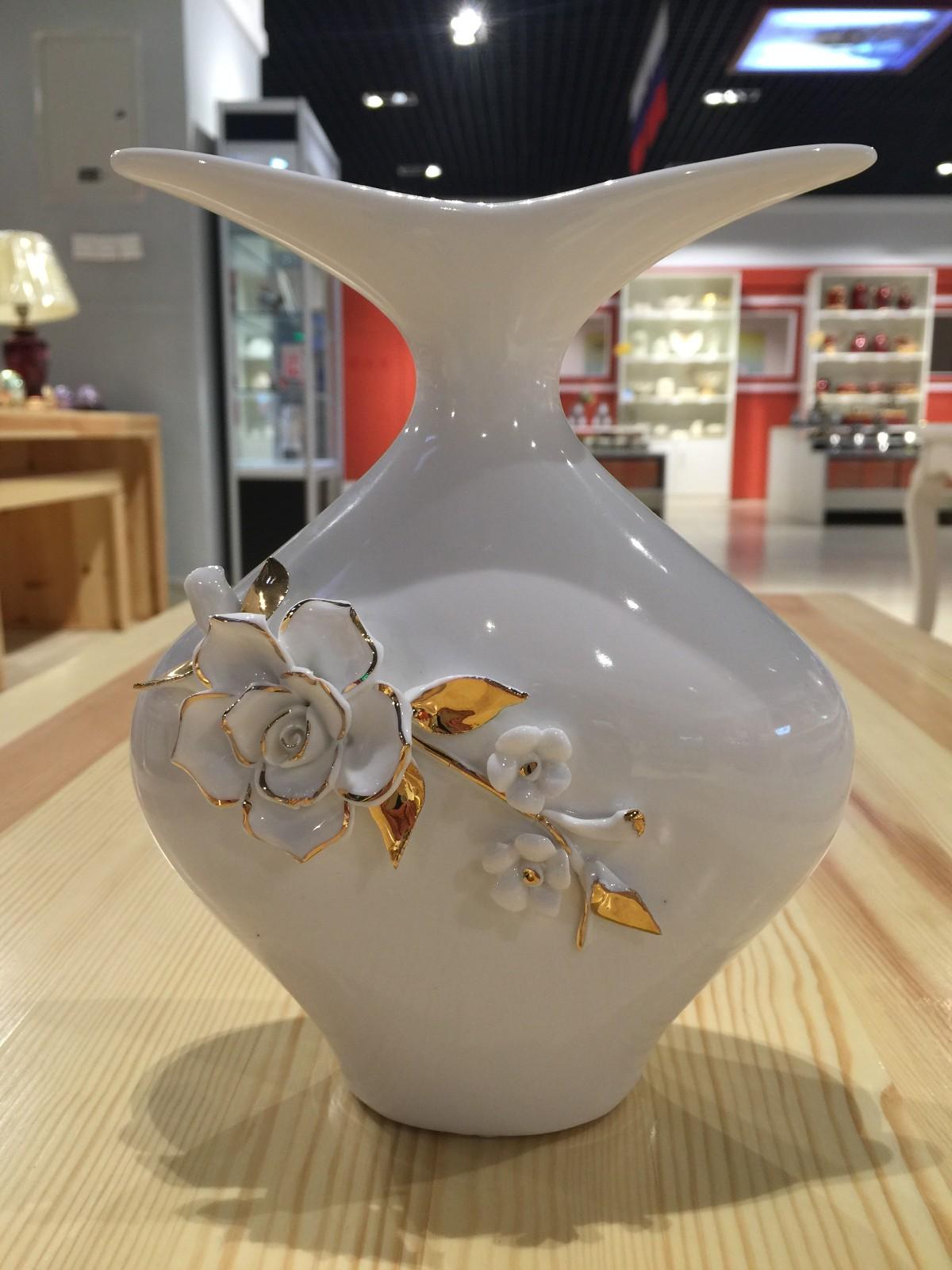 俄罗斯陶瓷工艺品 艺术花瓶图片一