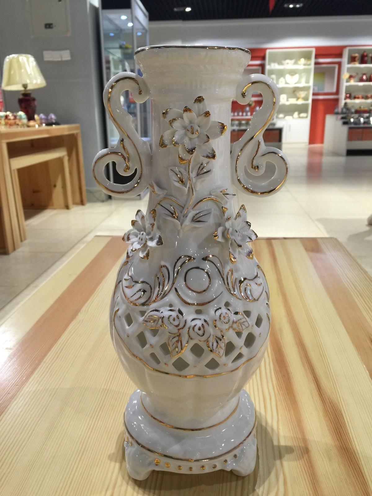俄罗斯陶瓷工艺品 玫瑰花瓶图片三