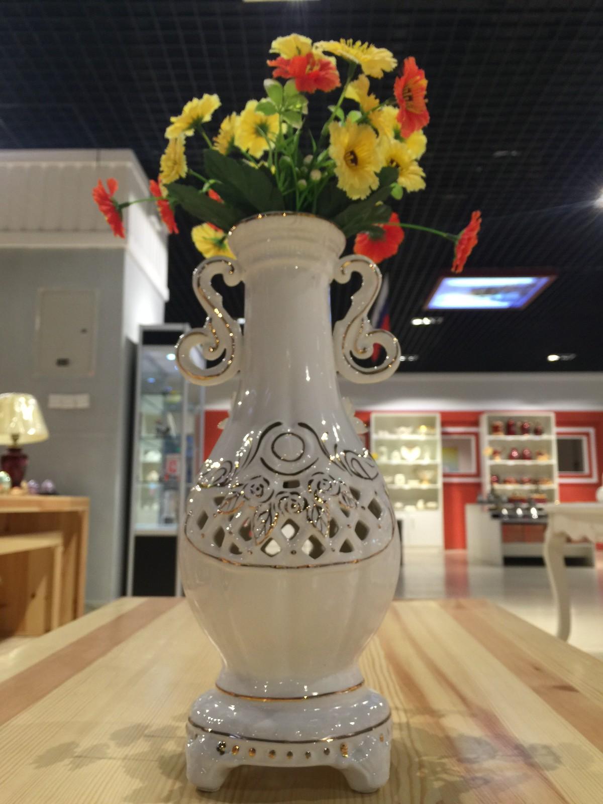 俄罗斯陶瓷工艺品 玫瑰花瓶图片二