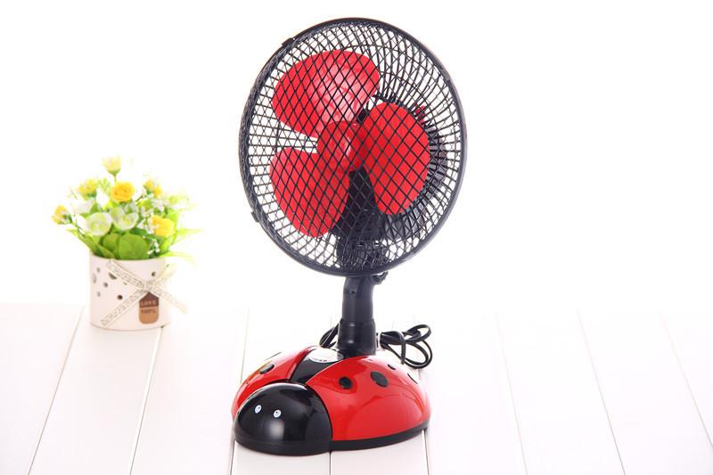 创意甲虫卧室摇头扇桌面电风扇小型台扇转页扇图片三