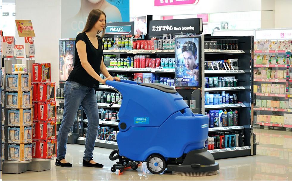 西安容恩R50手推式洗地机洗擦、吸干一次性完成图片五