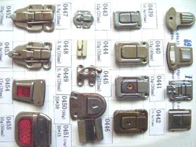 厂家直销价格最优惠的葫芦扣又名铁线扣材质可以用铜做大图一