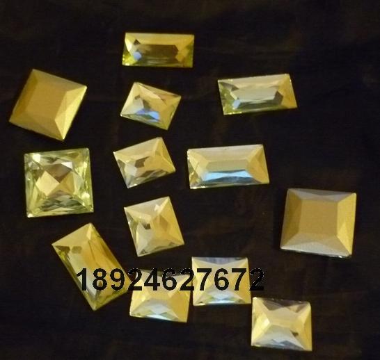 专业生产加工玻璃贴片、玻璃珠成品半成品大图一
