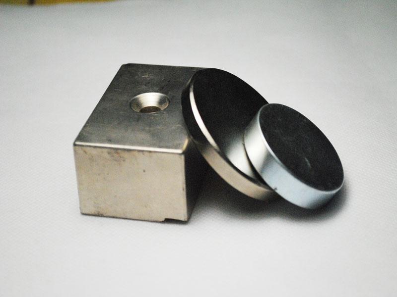 供应大方块强性磁铁 高清图片