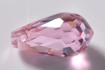 粉红色圆形刻面锆石单孔吊坠大图一