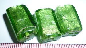 样383#  12*22*9  深大绿银箔内芯长四方琉璃珠