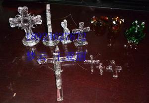 耶稣十字架、玻璃十字架、圣诞小工艺品、压型玻璃加工定做