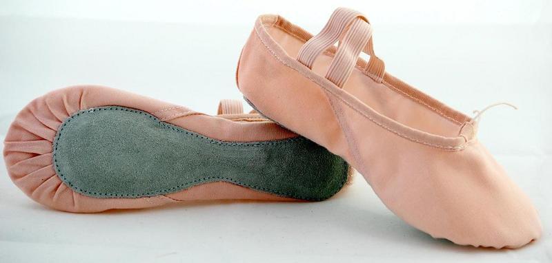 粉布直底舞蹈鞋