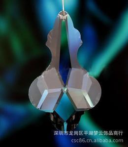 30x50mm水晶青蛙吊坠、底部花边偏圆形