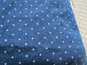 10安全棉洗水印花牛仔布  时尚圆点印花牛仔布