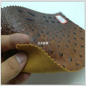PVC新鸵鸟鳄鱼纹合成革压延箱包面料皮料革