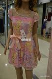 蕾丝花色连衣裙