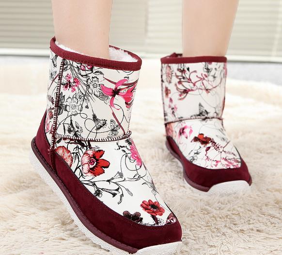 女士雪地靴 中筒靴
