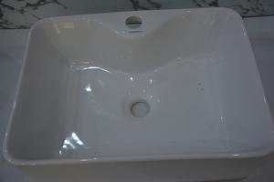 精牧卫浴白色长方形面盆JM-6534