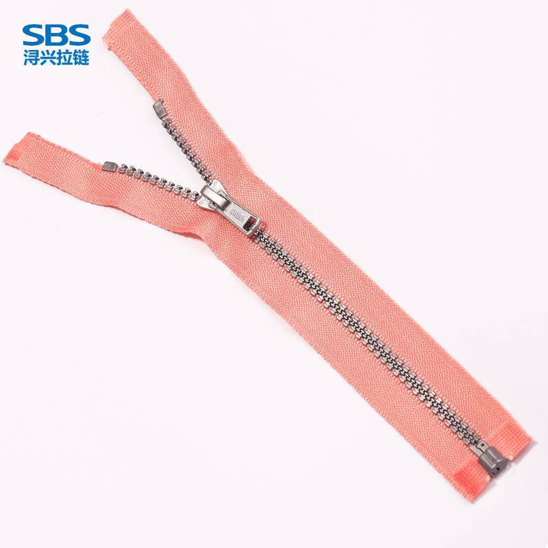 4#塑钢三连环牙银牙开口树脂拉链  SBS品牌拉链大图一