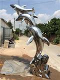 城市常见的不锈钢雕塑